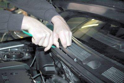 Opel vectra c scheibenwischergestänge wechseln